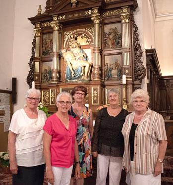Catherine, Geneviève, Françoise, Roselyne et Nelly