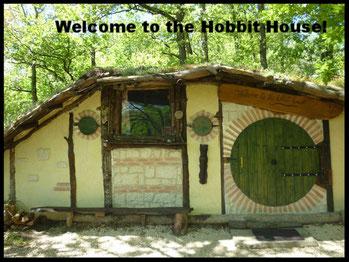Cabane Hobbit the hobbit house - hébergement insolite en yourte, cabane de hobbit