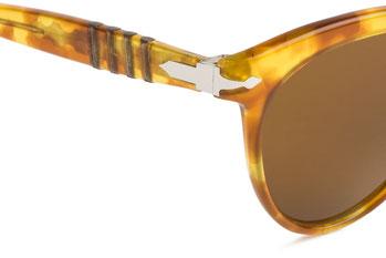 Occhiali vintage Persol Ratti Modello: 800. Colore: Havana chiaro. Colore lenti: marrone. Prezzo € 255,00 spedizione gratis. Protezione raggi UV: 100% Made in Italy