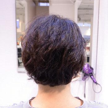 くせ毛を生かした髪型-ショート