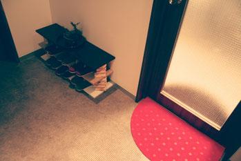 studio AileS 玄関1