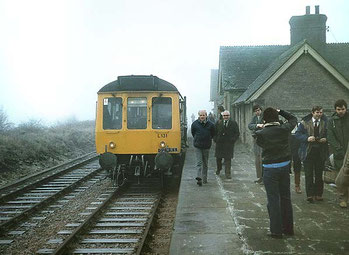Oxford University Railway Society railtour at Bicester London Road Station on 21st February 1981. Source: http://www.disused-stations.org.uk