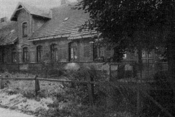 Sechs-Familien-Arbeiterwohnhaus