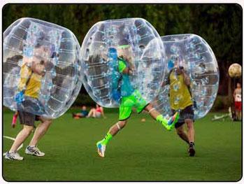 jugar al bubble futbol en Denia con amigos