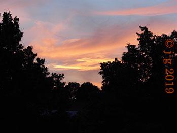 Abendhimmel über dem Odenwald