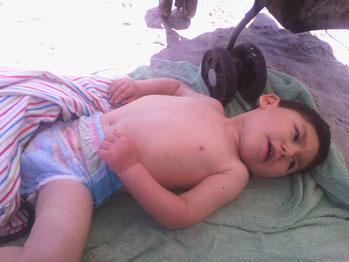 Nolan à la plage - Eté 2014