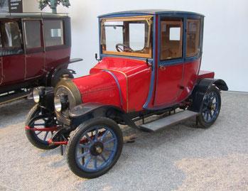 Een Zédel 12 HP uit 1912.