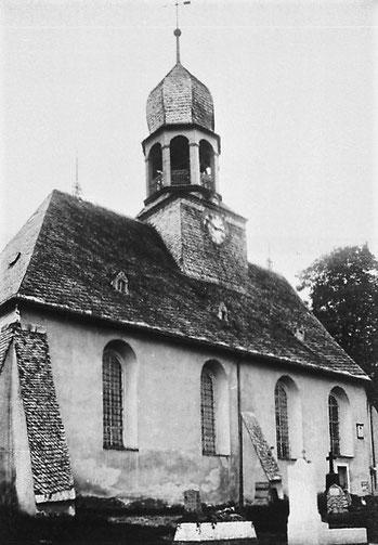 Alte Dorfkirche von Burkhardtsdorf Quelle: Deutsche Fotothek
