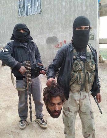 """Pubblicata il 27.02.2014 su Twitter. Responsabili, secondo la descrizione, sono """"Jabhat al-Nusra, Ahrar al-Sham e al-Ittihad al-Islami"""". Strano è che la brigata Ittihad al-Islami si è formata negli anni '80 in Somalia e ora è anche operante in Siria a fia"""