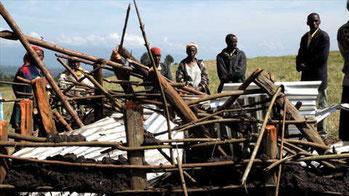 Un'abitazione Ogiek distrutta dai funzionari governativi