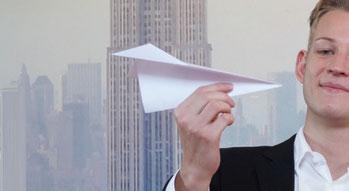 Kommt deine Nachricht mit dem Papierflieger an?