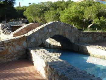 Parque Molino del Agua - Steinbrücke