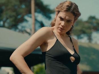 Anna Drijver as Kim de Rooij