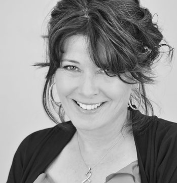 Catherine Whelan Costen of Catherine Publishing~'Lets Get Real Chattin with Catherine'