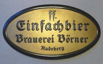 Gaststätten-Werbeschild der Brauerei Böener, ca. 35 cm breit; Hersteller: Plakatfabrik Dresden-Laubegast;  ca, 1920