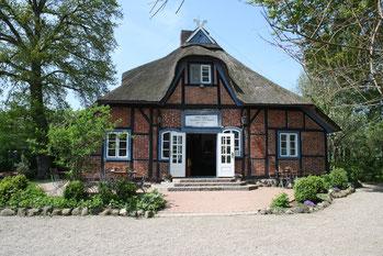 Niedersächsiches Bauernhaus auf der Prinzeninsel in Plön