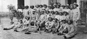 Los 33 famélicos supervivientes de Baler.