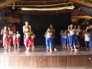 Apsara Art Association - Tranings lesson,  Phnom Penh, Cambodia