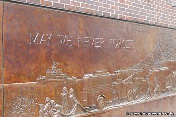 9/11 Memorial am Firehouse 10 in unmittelbarer Nähe zu Ground Zero