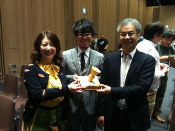 写真中央は、オフィスコンクリート(名古屋市)の中居社長。HPのリニューアルにご尽力いただきました。