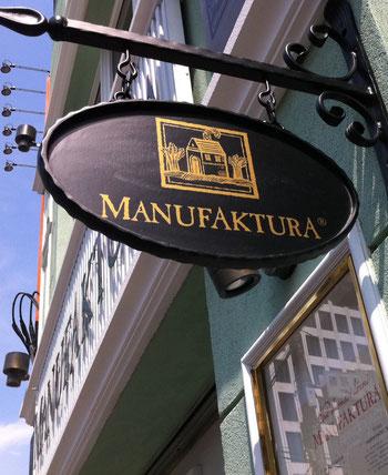 manufaktura signboard