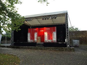 Open Air Bühne für Firmen Präsentation