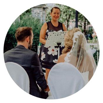 Freie Trauung in Nürnberg, Trauernden Kiehl Wedding, Hochzeitsplaner Nürnberg, Freie Redner, Trauredner, Redner zur Trauung Nürnberg, Trauredner Fürth Hilfe bei der Hochzeitsplanung