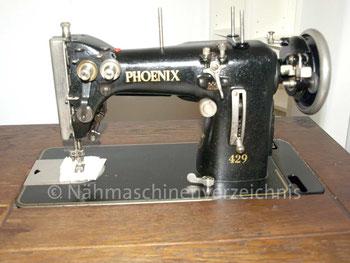 Phoenix 429, Zickzack-Nähmaschine, Flachbett, Fußantrieb, Anbaumotor möglich, Hersteller: Phoenix Nähmaschinen AG Baer und Rempel, Bielefeld (Bilder: M. Schilli)