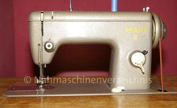 Pfaff 6 Geradestichnähmaschine, Flachbett, Fußantrieb, normale Vorrichtung für Anbaumotor vorhanden, Hersteller: G. M. Pfaff AG, Kaiserslautern, Baujahr 1957 (Bilder: D. Pohlmann)