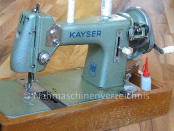 Kayser L, Schwingschiffchen-Nähmaschine, neue Gehäuseform, Hersteller: Gebrüder Kayser AG, Kaiserslautern (Bilder: R. Gawlista)