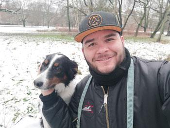 Paseando al perro después de una de las nevadas de Enero 2021.