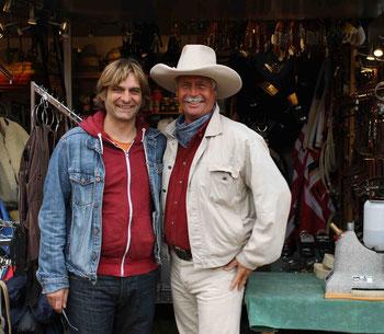Andre Engelhardt (Ballermann Ranch) mit Sven Weniger (Less u. Lates Westernstore)