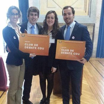 Equipo campeón del I Encuentro Universitario de Debate sobre el Futuro de la UE