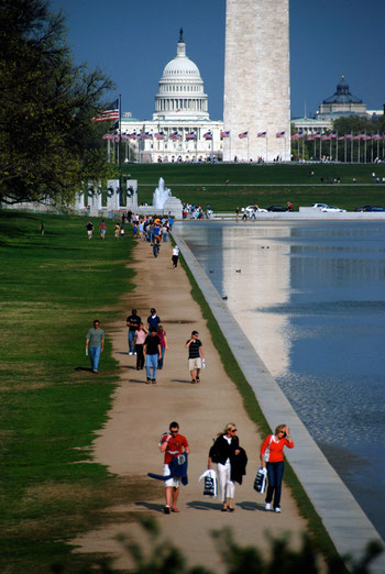The National Mall on a beautiful day in April 2008. From the front The Reflecting Pool,  the World War II Memorial, the Washington Memorial, the US Capitol and the Library of Congress