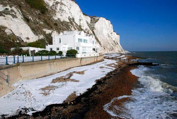 Snow on shingle