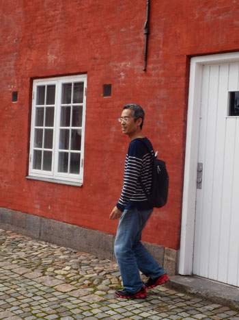 S-TOGのエステルポート駅から歩けるカステレット要塞の兵舎はレンガにモルタル仕上でした