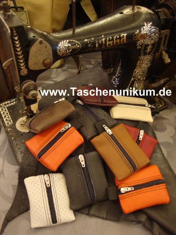 Bild: Schlüsselanhänger in verschiedenen Farben aus echten Leder