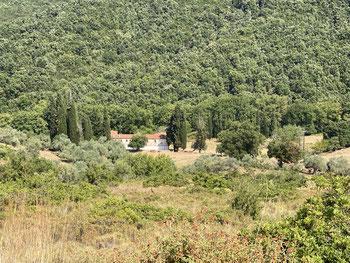 Verlassenes Kloster nach 20min Fahrt entdeckt