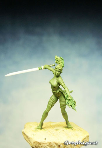 Graphigaut, Beesputty, handmade sculpture, 35mm, Ninja Girl