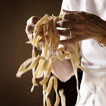 pasta fatta in casa fettuccine farina
