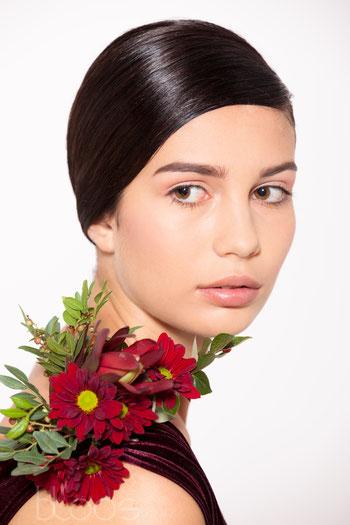 Haare & Make-up / Schülerin: Valentina B.   Model: Laura Tahi   Agency: JAVA Model Management   Produktion: bloos Make-up & Hair Academy   Foto: Markus Thiel