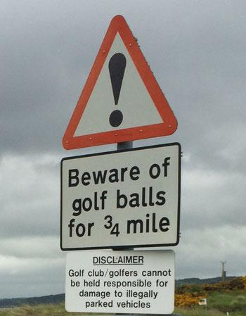 Warnschild an der Straße zum Chanonry Point