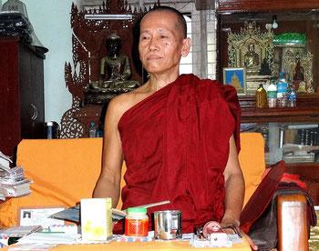 Abbé du monastère/école de Yae Oakan.