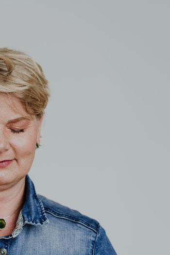 Foto: Brustkrebszentrale - Durch die Brust ins Herz / Styling: Hanaa Topcu