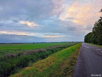 Hinterm Fuchsberg öffnet sich der Blick Richtung Hunte und Weser.