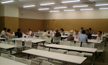 大阪国際がんセンター,がん患者会「1・3・5の会」交流会