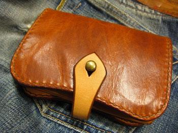 オイルオレザーとヌメ革の財布 ¥25000