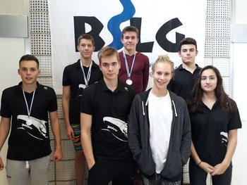 von links: Constantin Ziemann, Jan Torben Hopp, Finn Springer, Ludwig Theodor Kaftan, Lena Marie Sommer, Henry Schindel, Shirin Gharavi