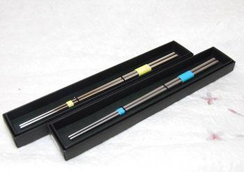 福井かつき箸・プレーンタイプ  長さ:約22.5㎝  重さ:約30g   価格:¥3,600(税別)
