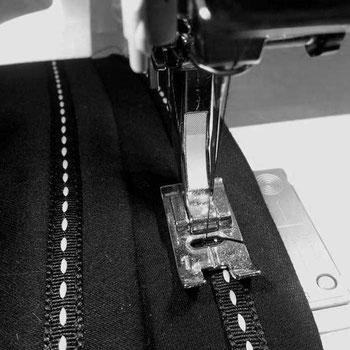 Detailaufnahme Nähmaschinenfuß